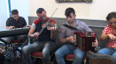 ComhaltasLive #610_3:A large session with musicians from many parts of Ireland